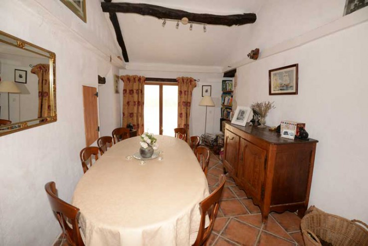 Equestrian property in 9 acres with gite and stables in Tarn et Garonne