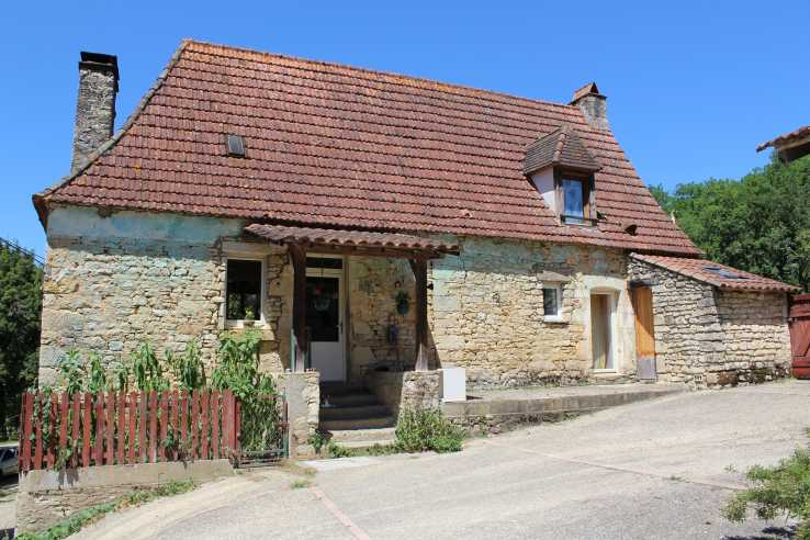 Country Homes Village Houses Farms Castles For Sale In Dordogne